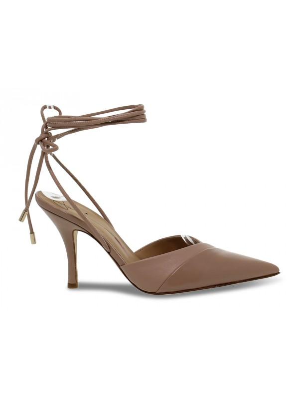 Sandalo con tacco Fabi in pelle e vernice carne e beige