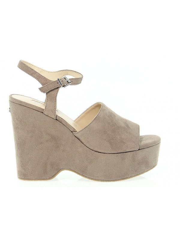 9d6f179ac Home · Outlet · Shoes Women · Wedges and platforms  Wedge Guess. Wedge Guess