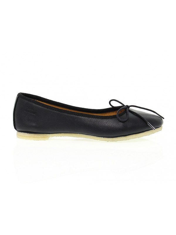 Flat shoe Clarks LIA GRACE in leather