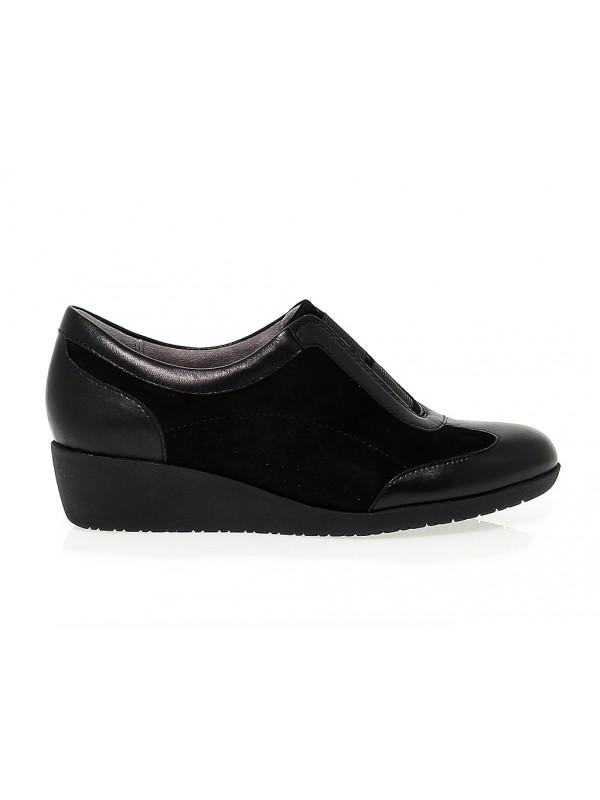 Flat shoe Clarks PETULA VIOLA
