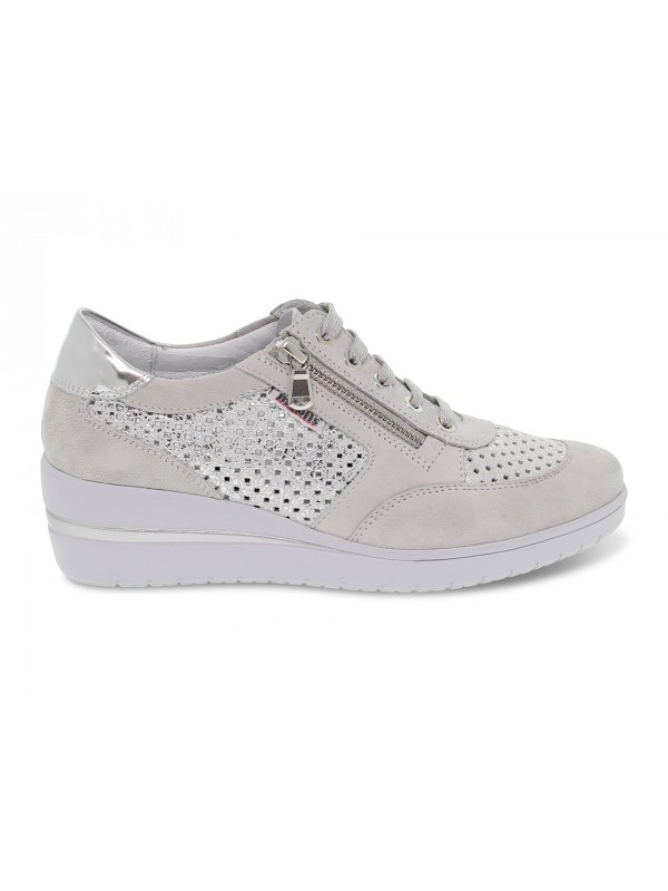 Flat shoe Mephisto PRECILIA PERF MOBILS ERGONOMIC in light grey suede leather
