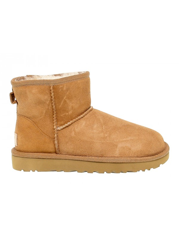Ankle boot UGG Australia MINI CLASSIC II in beige suede leather