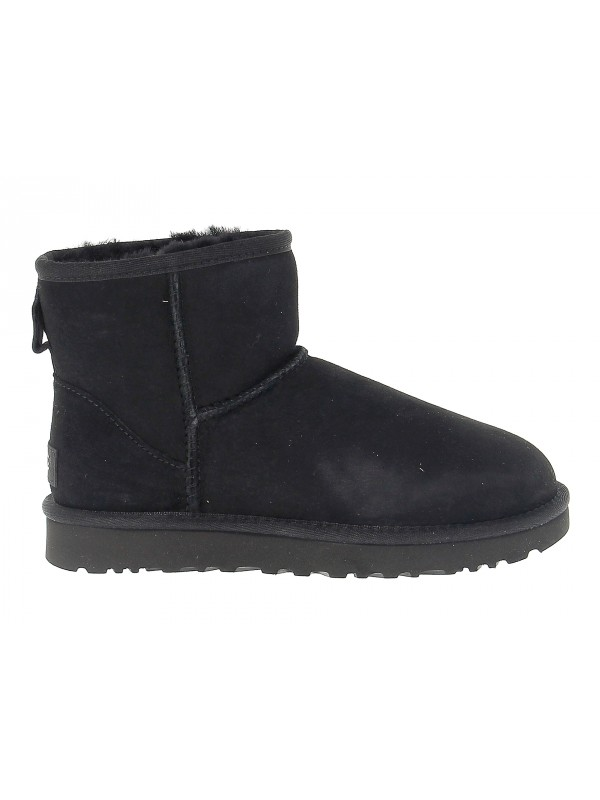 Ankle boot UGG Australia MINI CLASSIC II in black suede leather