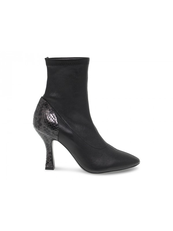 Ankle boot Vic Matie in black leather