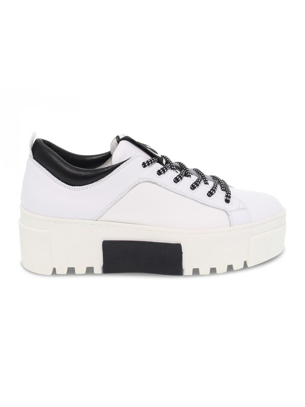 Sneakers Vic Matie in white leather