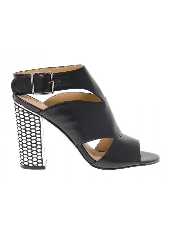 2bf970e289 Sandales à talons en peau Guess - Chaussures Femme - Outlet ...