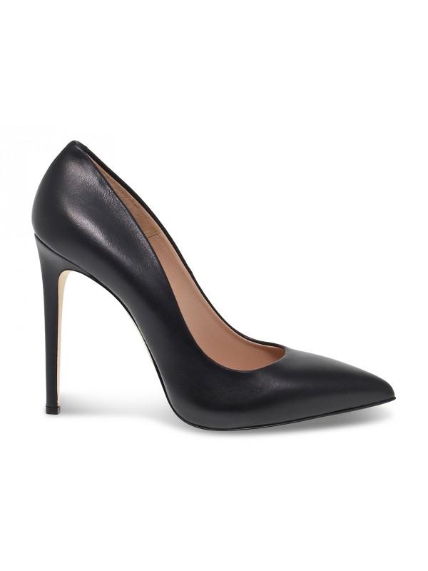 Zapato de salón Sergio Levantesi de napa negro